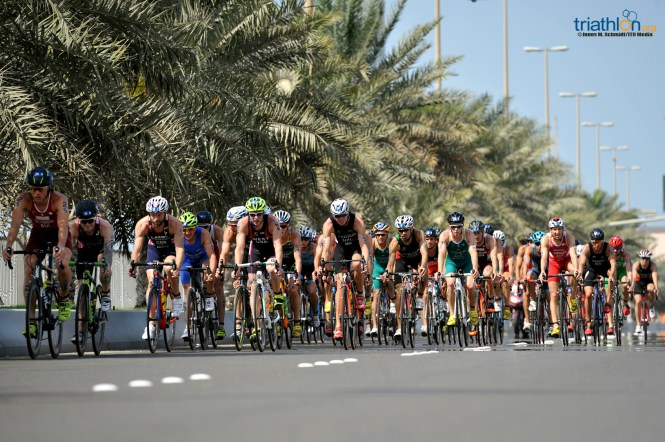 Abu Dhabi Bike Group Shot