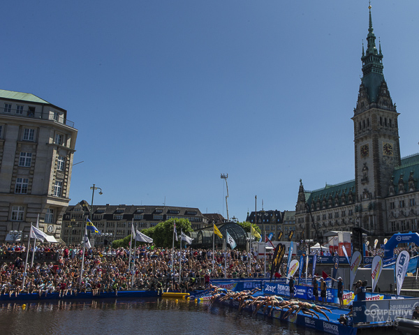 Mixed Relay Hamburg with church bg