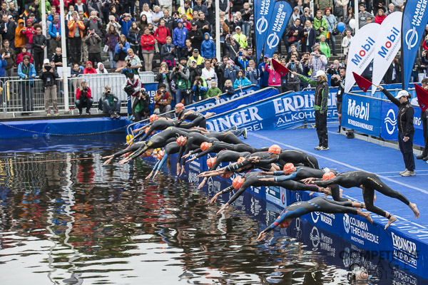 Swim start at Hamburg mixed relay