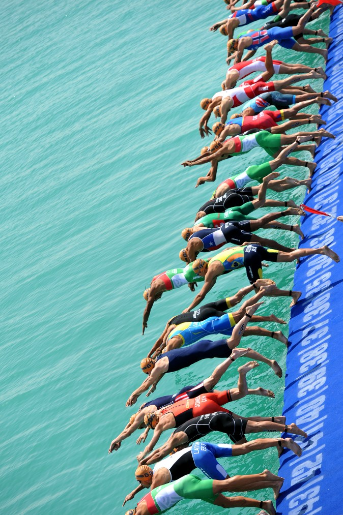 Abu Dhabi 2016 Swim Start