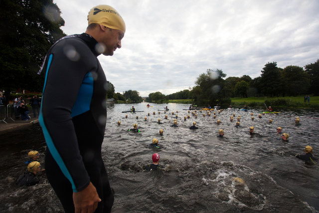 Leo Varadkar DCT 2017 Swim Start